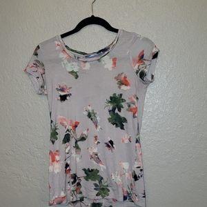 SUPER soft Simply Vera Floral top